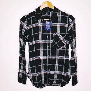 NWT Forever 21 Women's Plaid Button Down Shirt